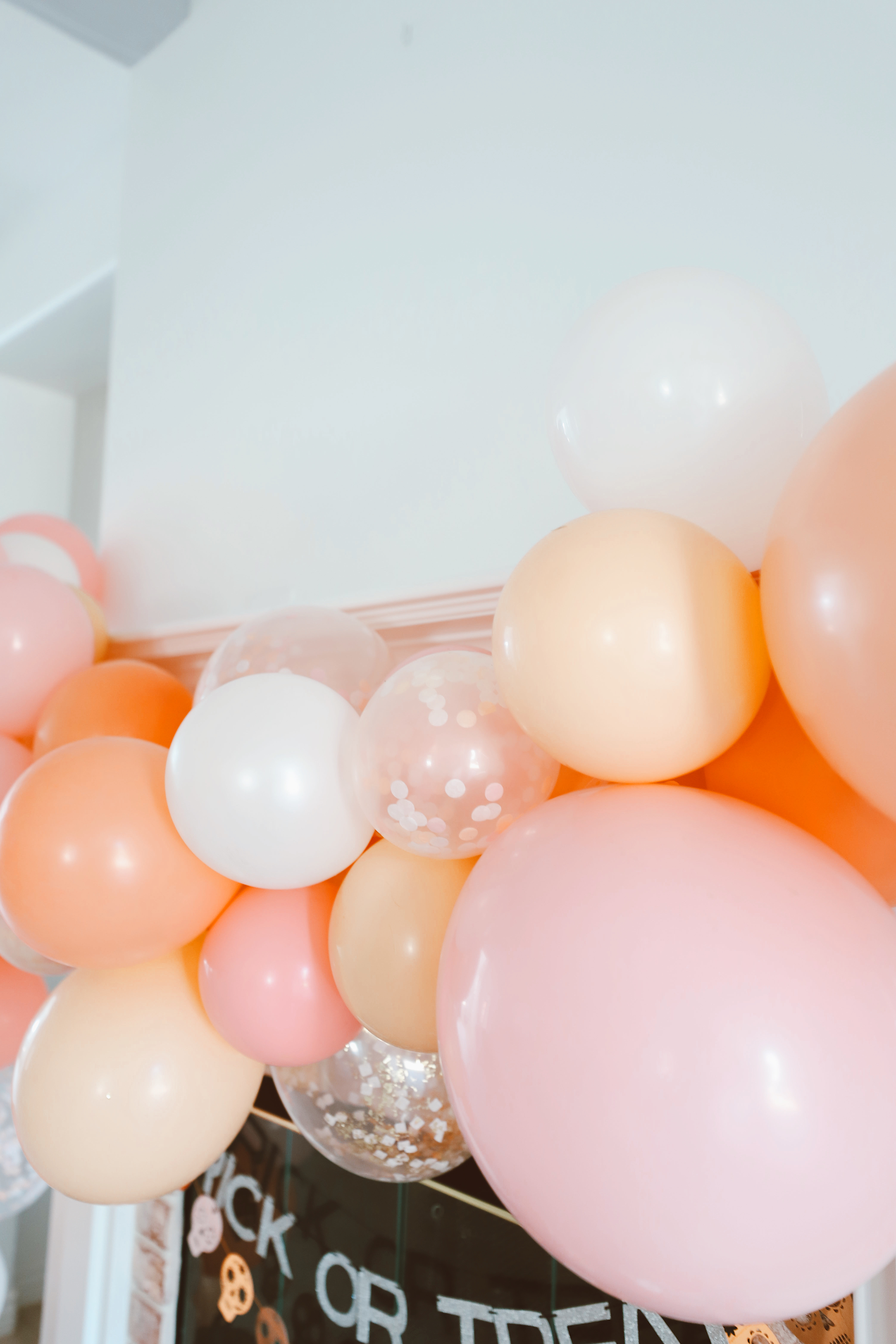 pastel balloons - Halloween party for your gals