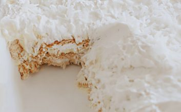 Icebox cake recipe: coconut cream flavor